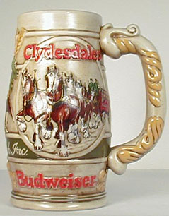 1983rightjpg 43109 bytes - Budweiser Christmas Steins